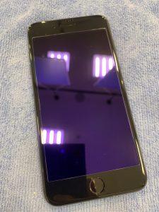 iPhone7plusガラス割れ